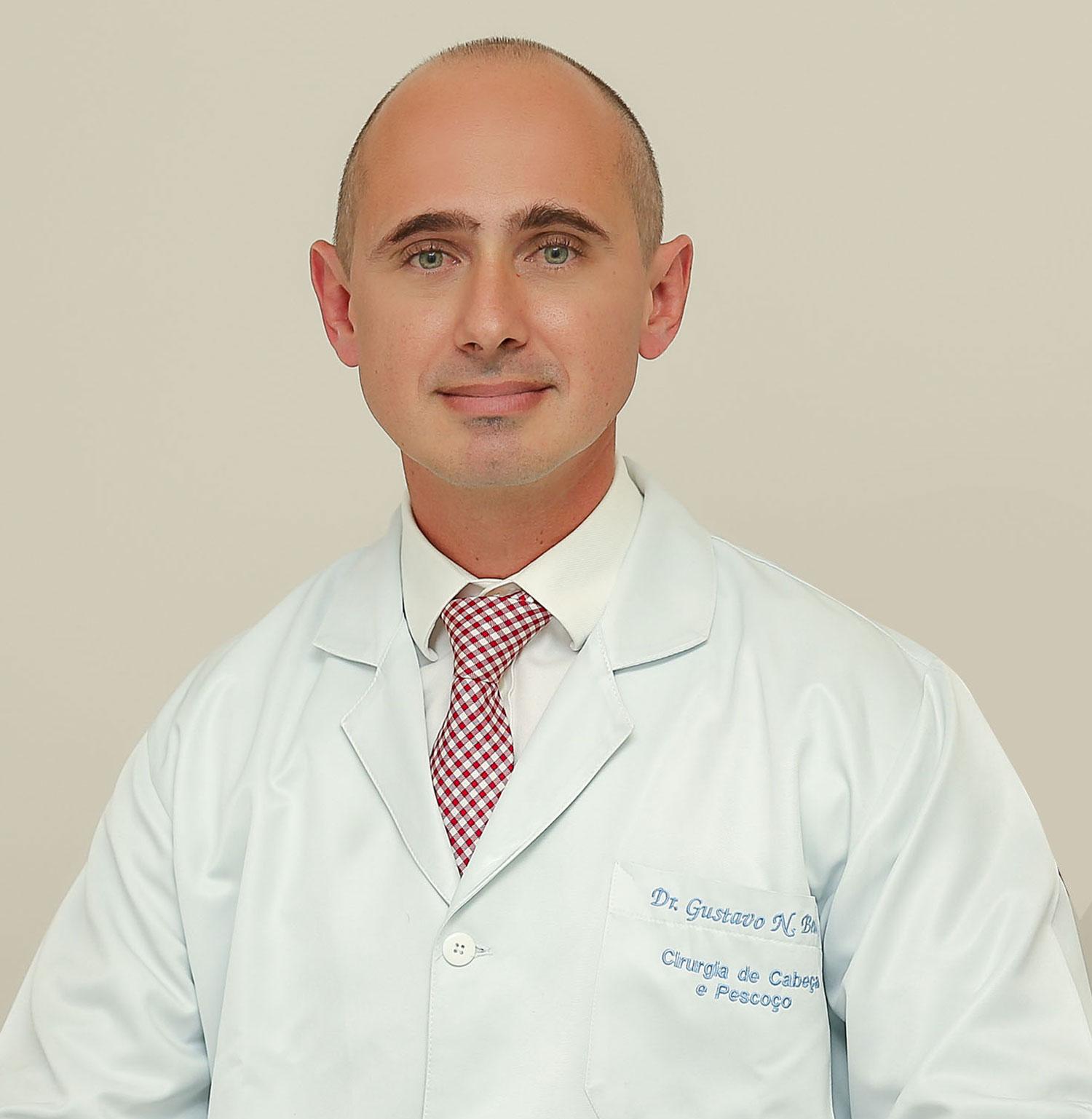 Dr. Gustavo Bento